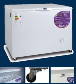 Freezer 350 L → Capacidad (lts.): 325 Dimensión Externa (mm):1130x690x955 Peso neto/bruto (Kg):54/55,5 / Canasto: 2 Ruedas: SI Puertas: 1 / Voltaje / frecuencia: 220V /50 Hz Clase de eficiencia energética: B Rango de temperatura (°C):-18 /-22 / Refrigerante (libre cfc): R-134a 150 grs Condensación: estática Evaporador:Caño Cu Exterior gabinete:Prepintado Interior gabinete: Prepintado
